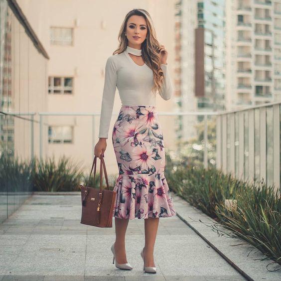 ad56d55dc Na moda 2020, as saias estarão sendo tendência! Abaixo, confira modelos que  estarão super na moda e se inspire para montar seu look.