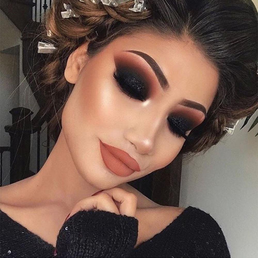 Maquiagem para Formatura Olho Preto